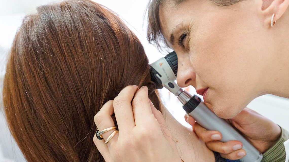 Esame tricologico Studio dermatologico Bari Valeria Colonna